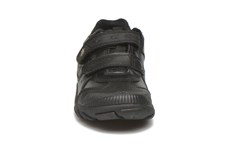 Sneakers Start Rite Tarantula Nero modello indossato