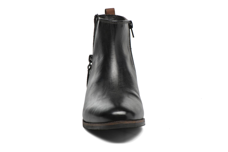 Ankle boots Bugatti Faith Black model view