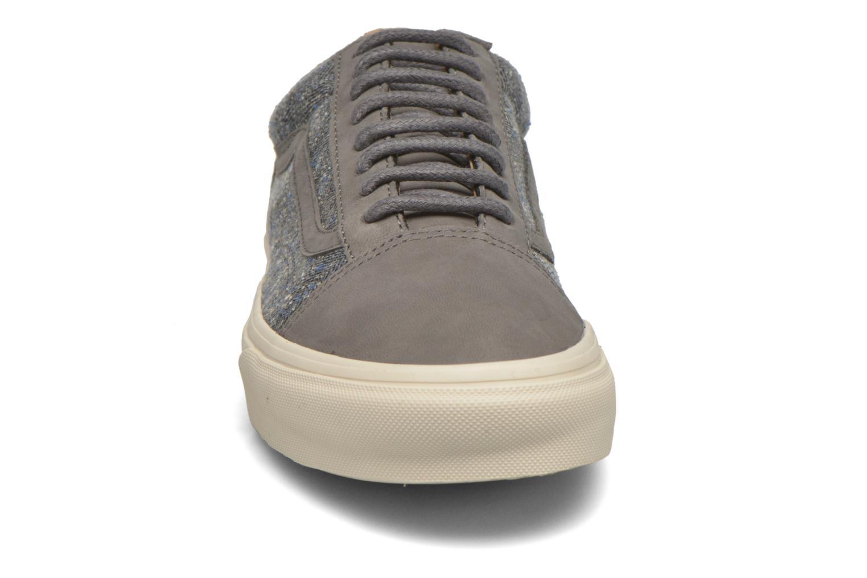 Sneakers Vans Old Skool Reissue DX Grigio modello indossato