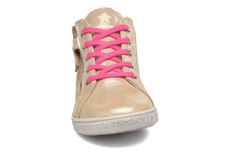 Baskets Babybotte Adrenaline Or et bronze vue portées chaussures