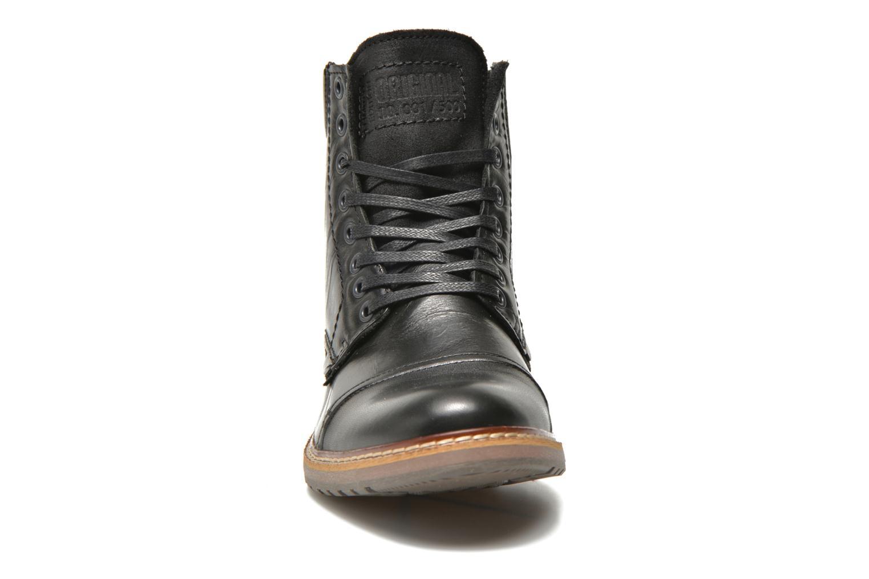 Stiefeletten & Boots Bullboxer Jensen schwarz schuhe getragen