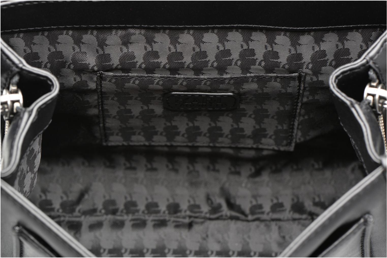 Bolsos de mano Karl Lagerfeld Kuilted Mini Handbag Negro vistra trasera