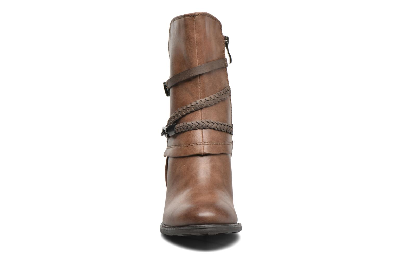 Ankle boots Marco Tozzi Julienne Brown model view