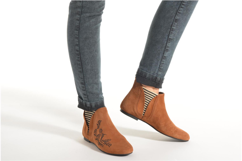 Bottines et boots Ippon Vintage Patch folk Marron vue bas / vue portée sac