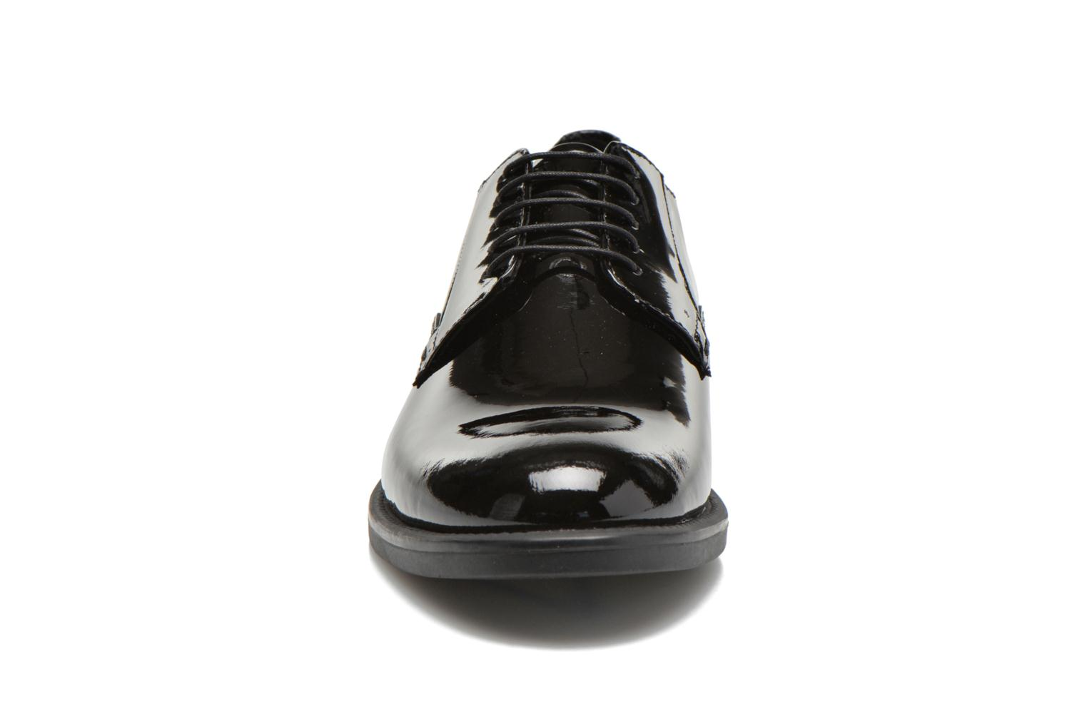 Lace-up shoes Vagabond AMINA 4203-260 Black model view