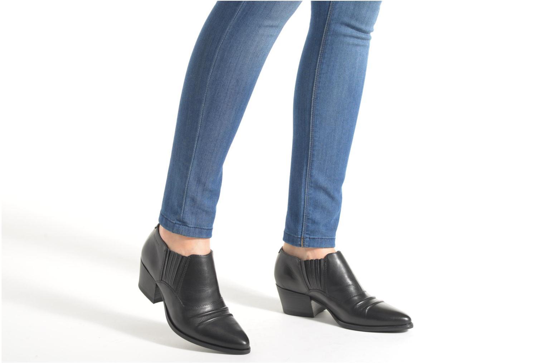 Bottines et boots Vagabond Shoemakers MANDY 4214-001 Noir vue bas / vue portée sac
