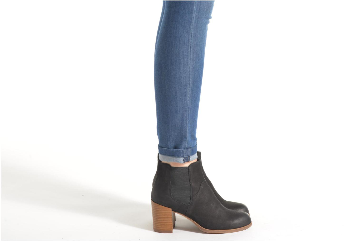 Ankle boots Vagabond Shoemakers ANNA 4221-050 Black view from underneath / model view