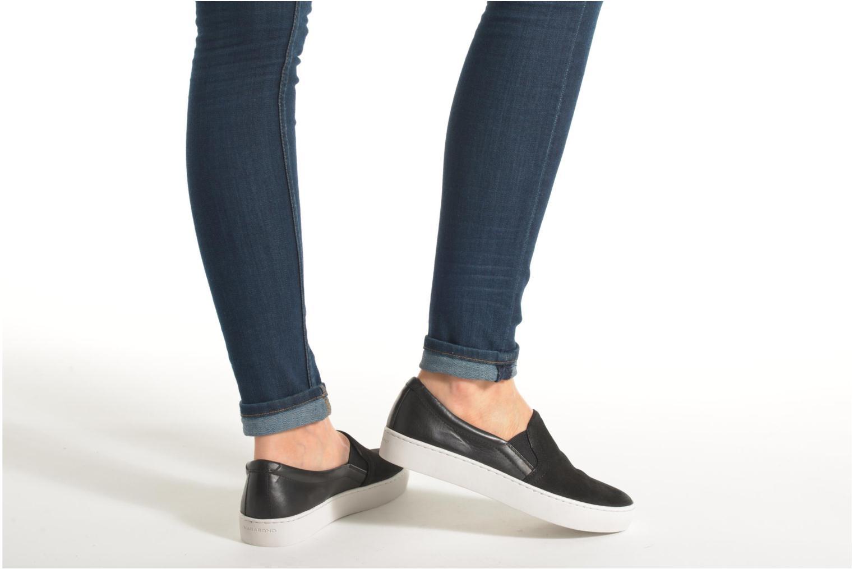 Baskets Vagabond Shoemakers ZOE SLIP-ON 4326-350 Noir vue bas / vue portée sac