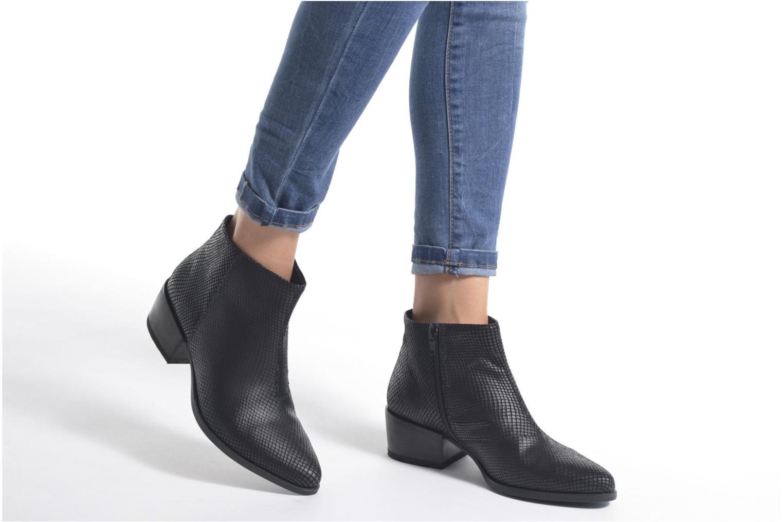 Bottines et boots Vagabond MARJA 4213-208 Noir vue bas / vue portée sac