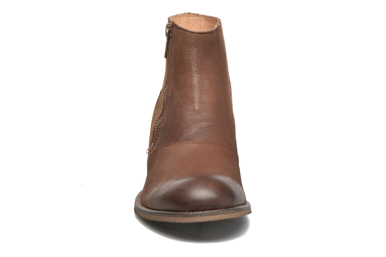 Bottines et boots Kickers Penny Marron vue portées chaussures