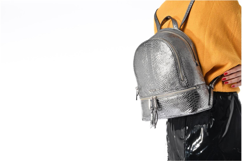 Sacs à dos Michael Michael Kors RHEA ZIP MD Backpack Argent vue haut