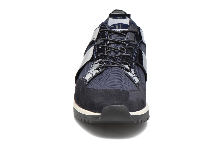 Baskets HÖGL Gerlinde Bleu vue portées chaussures
