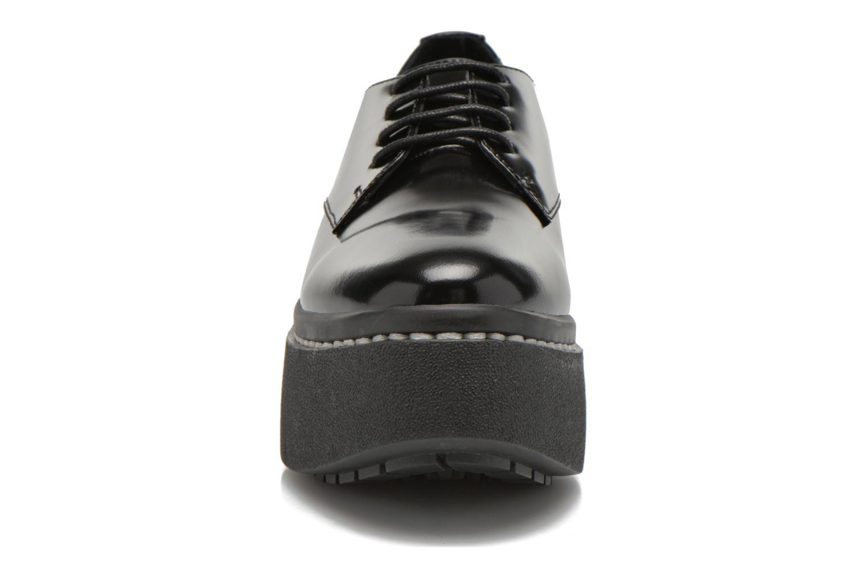 Chaussures à lacets Opening Ceremony RIYAL Noir vue portées chaussures