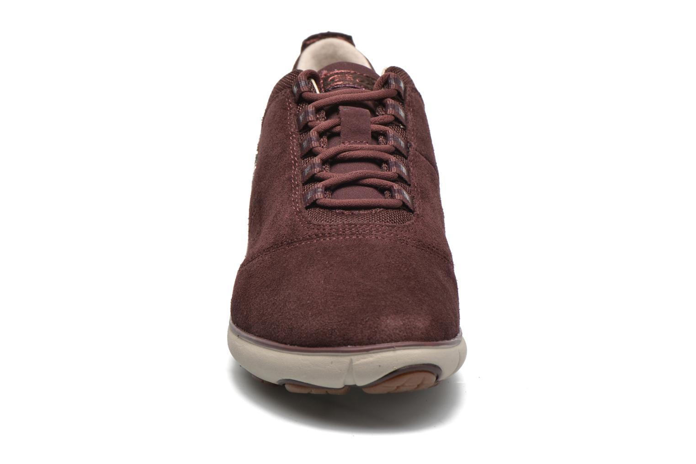 Baskets Geox D NEBULA E D641EE Bordeaux vue portées chaussures