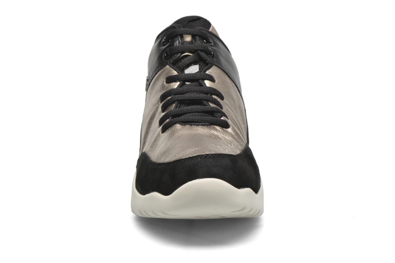 Baskets Geox D SFINGE A D642NA Or et bronze vue portées chaussures