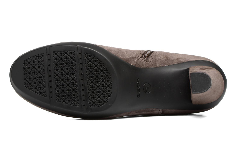 Boots en enkellaarsjes Geox D INSPIRATION ST. B D64G9B Bruin boven