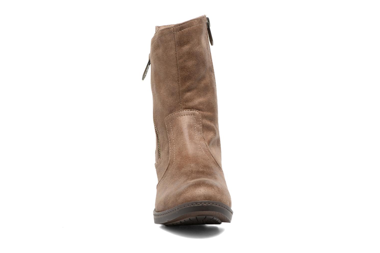 Bottines et boots Les P'tites Bombes Blandine Marron vue portées chaussures