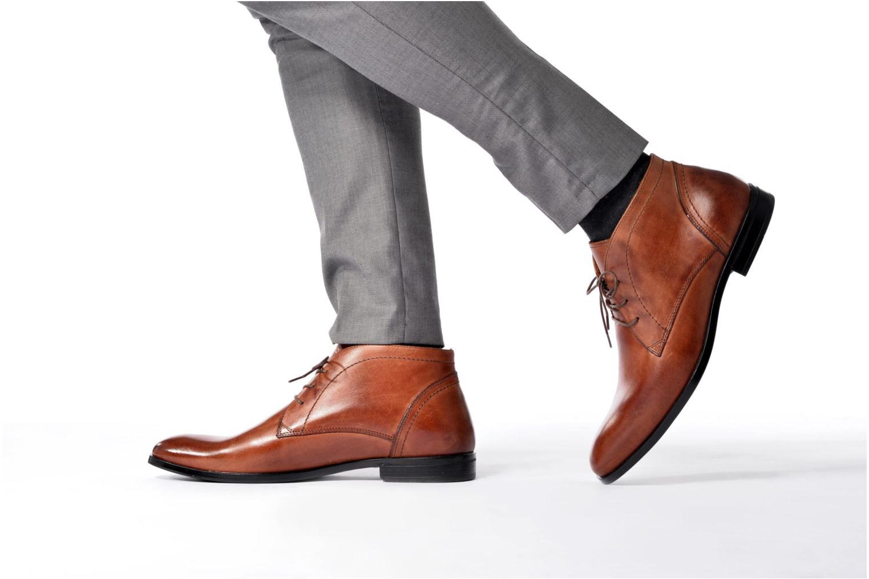 Bottines et boots Marvin&Co Newent Marron vue bas / vue portée sac