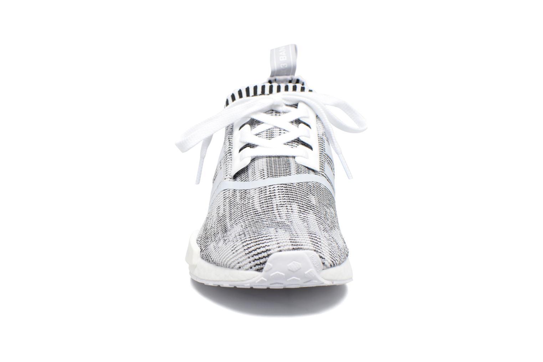 Sneaker Adidas Originals Nmd_R1 Pk grau schuhe getragen