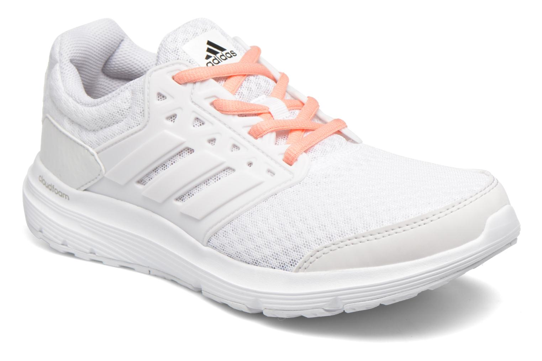 Vue De La Cour W - Chaussures De Sport Pour Hommes Adidas / Blanc jRDnnkqe5