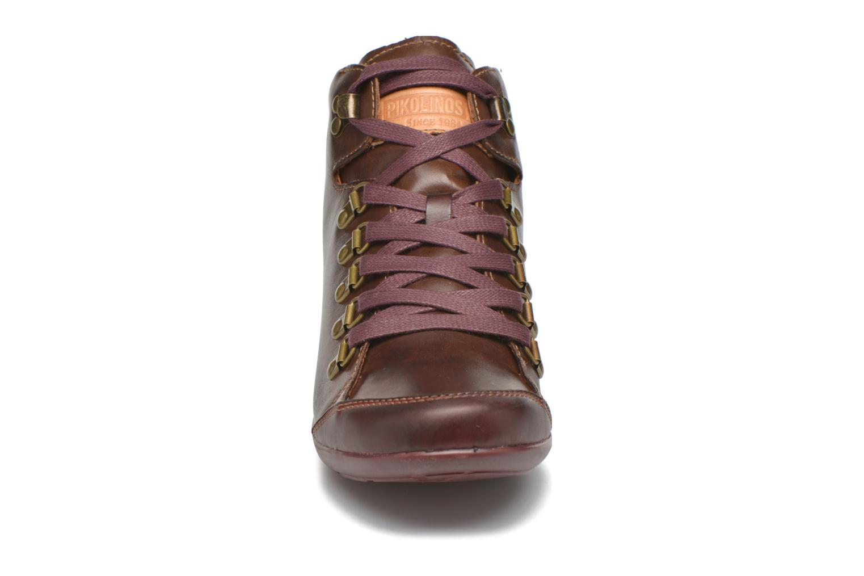 Baskets Pikolinos LISBOA W67-7667C2 Marron vue portées chaussures