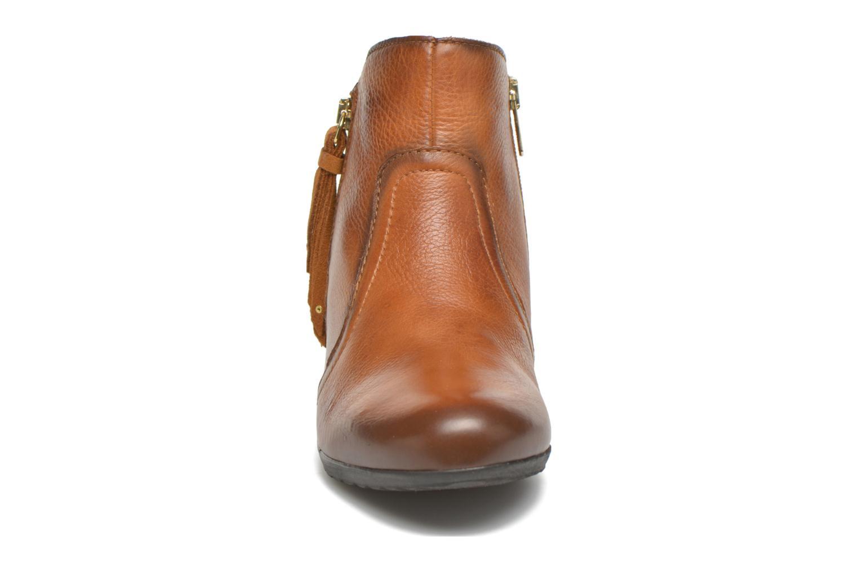Bottines et boots Pikolinos VENEZIA 968-8819 Marron vue portées chaussures