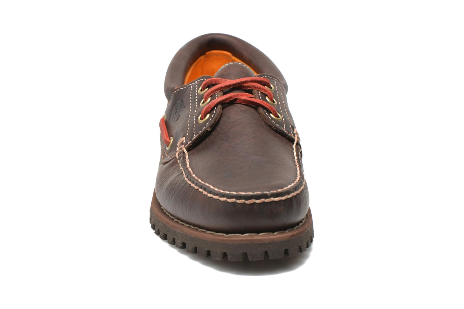 Chaussures à lacets Timberland Heritage 3-Eye Classic Lug Marron vue portées chaussures