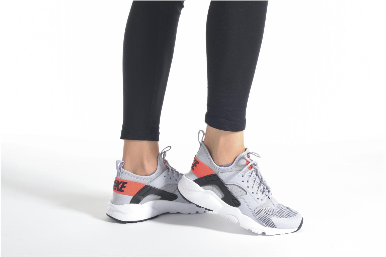 Sneaker Nike Nike Air Huarache Run Ultra Gs schwarz ansicht von unten / tasche getragen