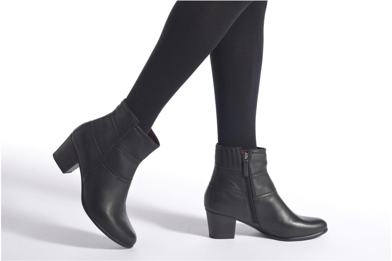Bottines et boots Tamaris Calliandra Noir vue bas / vue portée sac