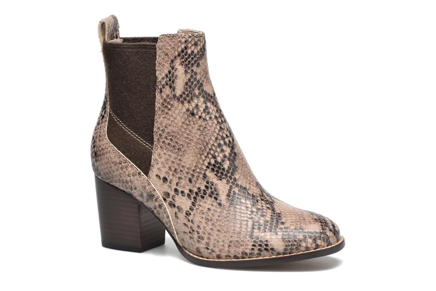 Othea Ruby Sand Snake Leather