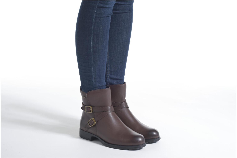 Bottines et boots Clarks CheshuntBe GTX Noir vue bas / vue portée sac