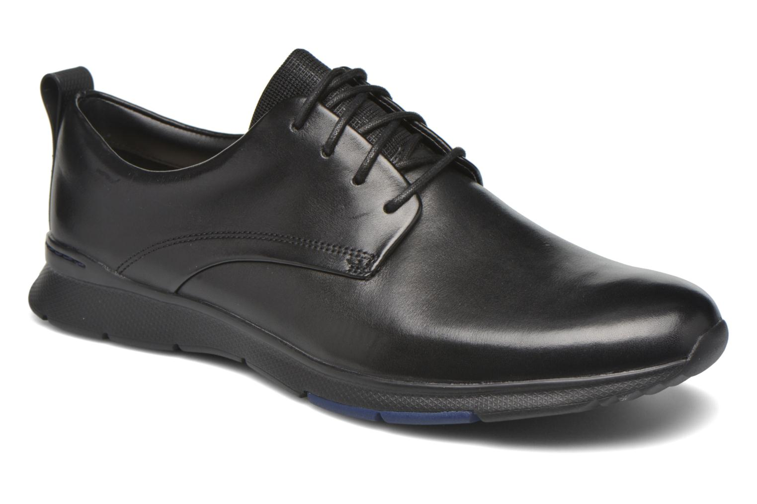 Lace-up shoes Clarks Tynamo Walk Black detailed view/ Pair view