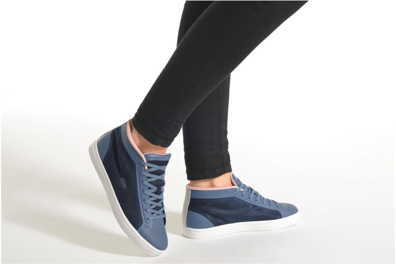 Sneaker Lacoste Straightset Chukka 316 2 blau ansicht von unten / tasche getragen