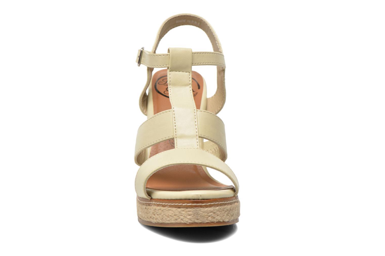 Sandales et nu-pieds Initiale Paris Gap Beige vue portées chaussures