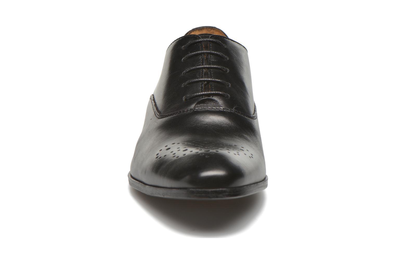 Chaussures à lacets Marvin&Co Newmilton Noir vue portées chaussures