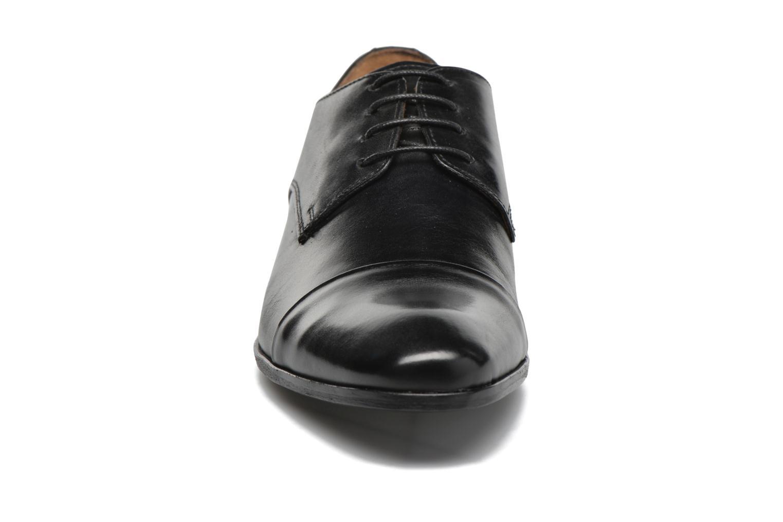 Schnürschuhe Marvin&Co Newhaven schwarz schuhe getragen