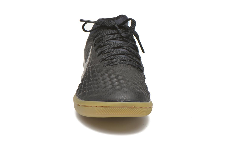 Scarpe sportive Nike Magistax Finale II Ic Nero modello indossato