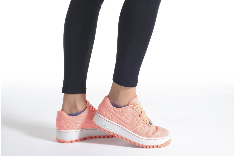 Sneaker Nike Nike W Af1 Upstep Se schwarz ansicht von unten / tasche getragen