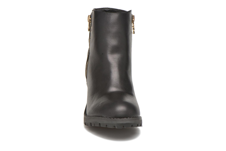 Ankle boots Xti Louxy-46066 Black model view