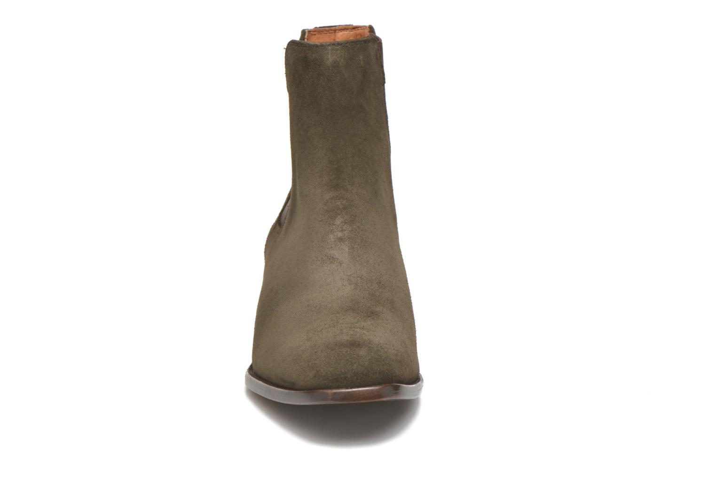 Bottines et boots Frye Dara Chelsea Vert vue portées chaussures