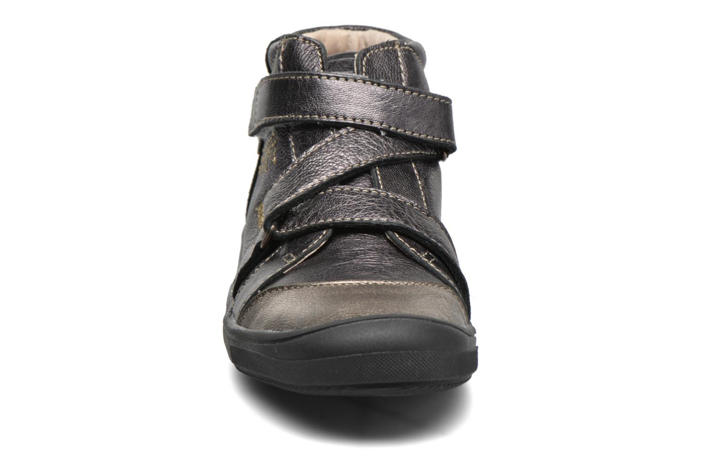 Chaussures à scratch Catimini Monarque Gris vue portées chaussures