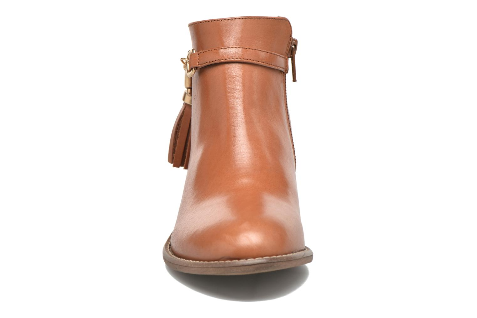 Ankle boots Yep Flavy Brown model view