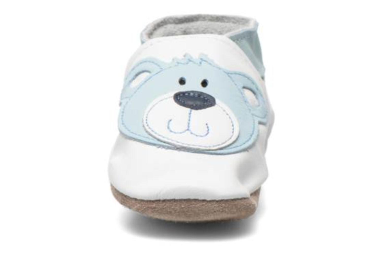 Pantuflas Inch Blue Teddy Blue Blanco vista del modelo