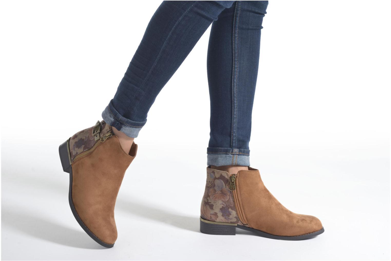 Bottines et boots Refresh Marbré 62296 Noir vue bas / vue portée sac