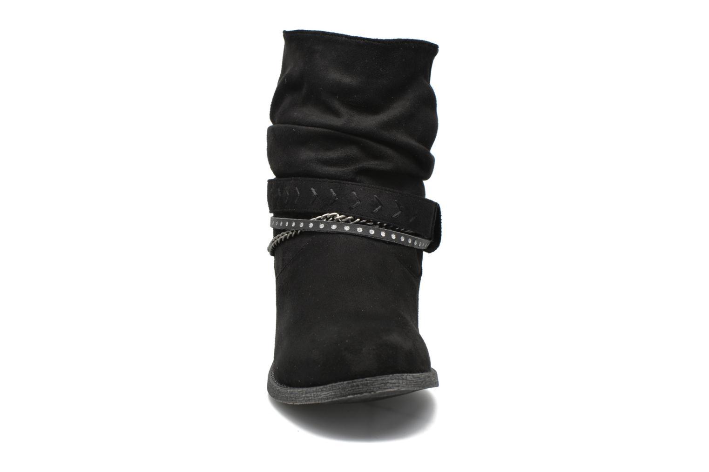 Bottines et boots Refresh Céline 62185 Noir vue portées chaussures