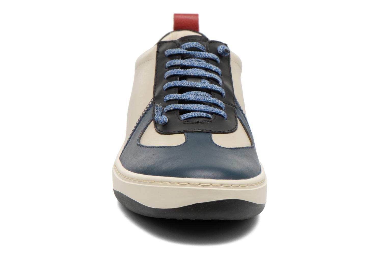 Baskets Camper Domus 18953 Gris vue portées chaussures