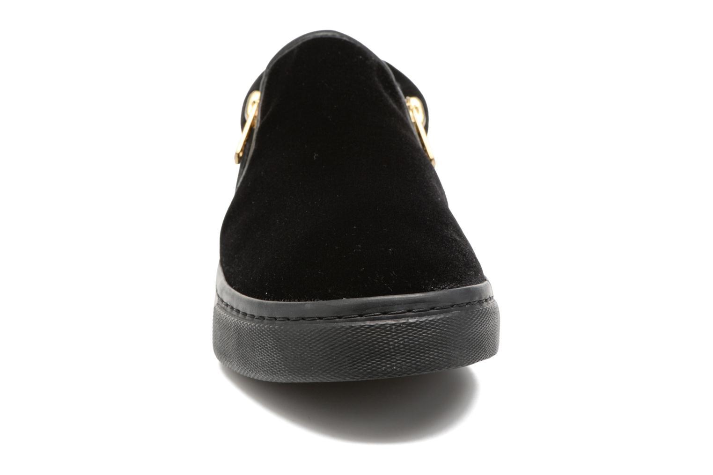 Sneaker Gioseppo Rolap schwarz schuhe getragen
