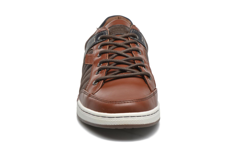 Baskets MTNG Coat2 Marron vue portées chaussures