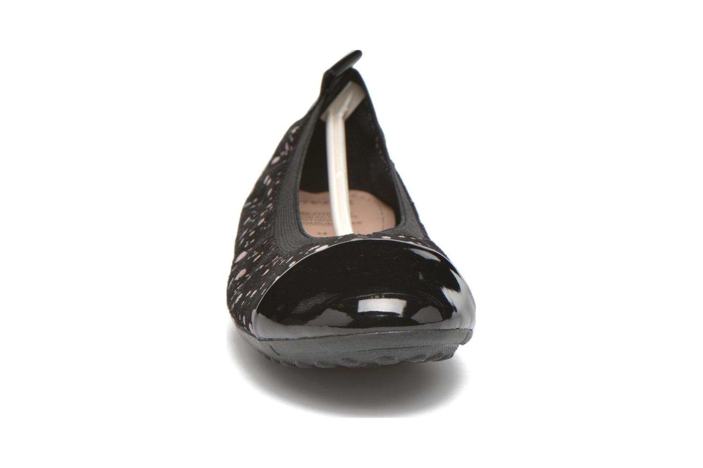 Ballerinas Geox J Piuma Bal B J62B0B schwarz schuhe getragen