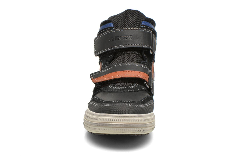 Sneaker Geox J Elvis H J64A4H schwarz schuhe getragen